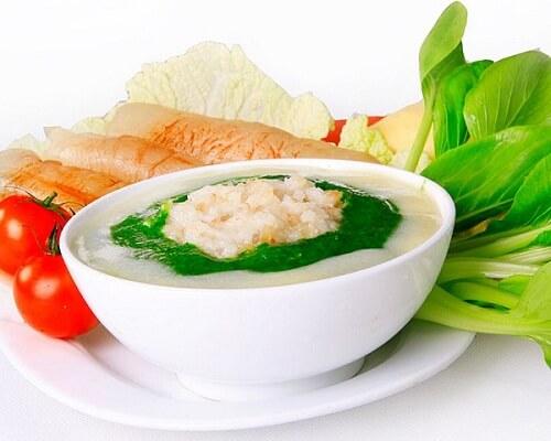 Mọc răng khôn nên ăn món ăn mềm như súp