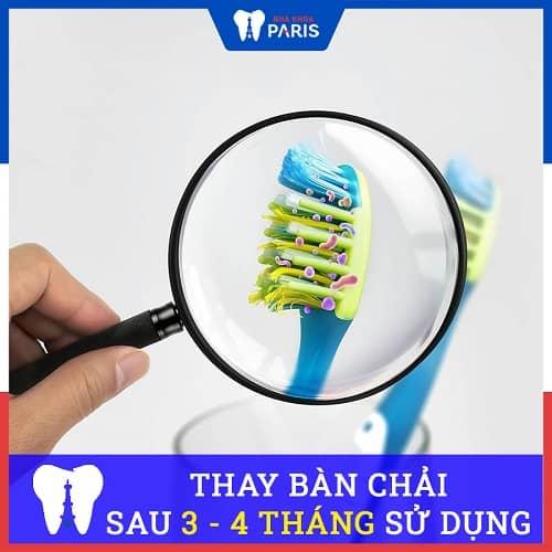 bao lâu nên thay bàn chải đánh răng 1 lần