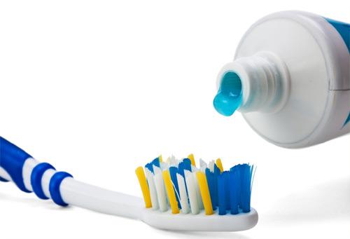 bàn chải đánh răng bao lâu thay 1 lần 3