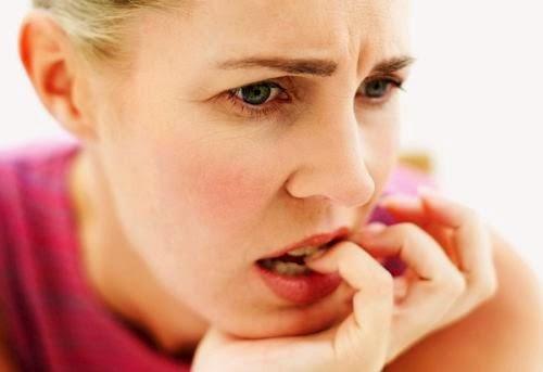 """Răng lung lay làm sao để chắc lại? Mẹo chữa """"Cấp Tốc"""" tại nhà 1"""
