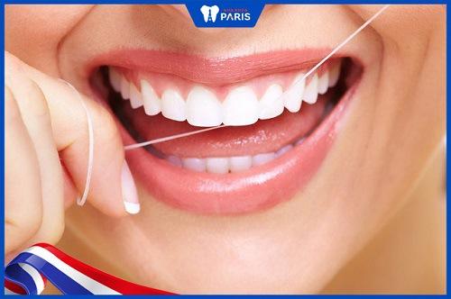 Dùng chỉ nha khoa để phòng tránh sâu răng hôi miệng
