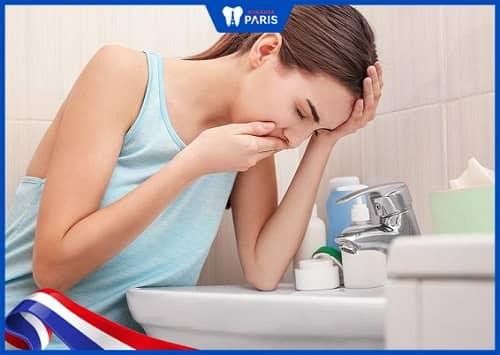 phụ nữ bị ê buốt răng sau khi sinh nở
