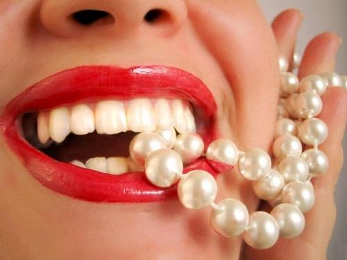 So sánh đặc điểm của răng sứ không kim loại với răng sứ kim loại 3