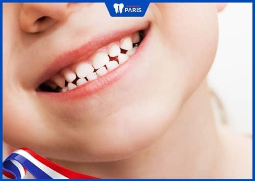 răng sữa không rụng có tồn tại vĩnh viễn không
