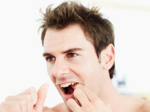 Có NÊN trồng răng sứ không cho răng bị mất? Lời khuyên của bác sĩ 3