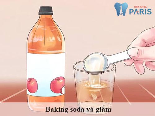 Baking soda và giấm là hỗn hợp làm sạch cao răng hiệu nghiệm