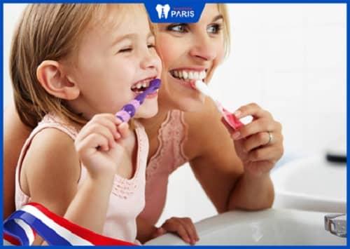 nên đánh răng khi nào