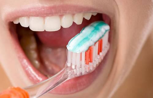 Cách đánh răng đúng kỹ thuật CHUẨN quốc tế được áp dụng rộng rãi 3