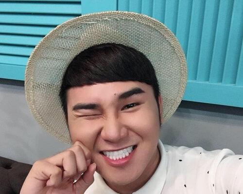 [Chia sẻ] Điểm mặt các sao Việt bọc răng sứ thẩm mỹ hiệu quả 4