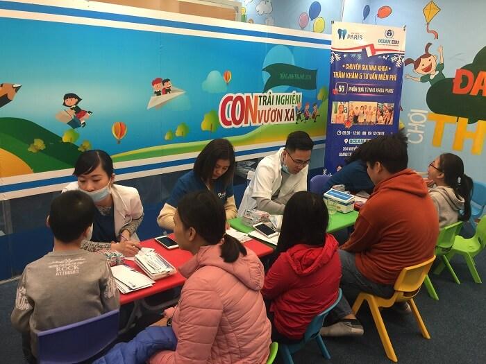 Chuyên gia tư vấn, thăm khám răng miệng miễn phí cho trẻ em tại Ocean Edu