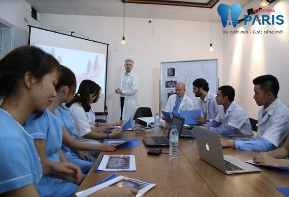 Các chuyên gia nha khoa Pháp trực tiếp đào tạo về công nghệ