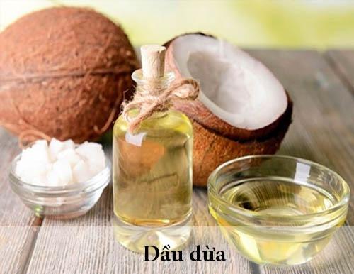 Tẩy trắng răng bằng baking soda và dầu dừa