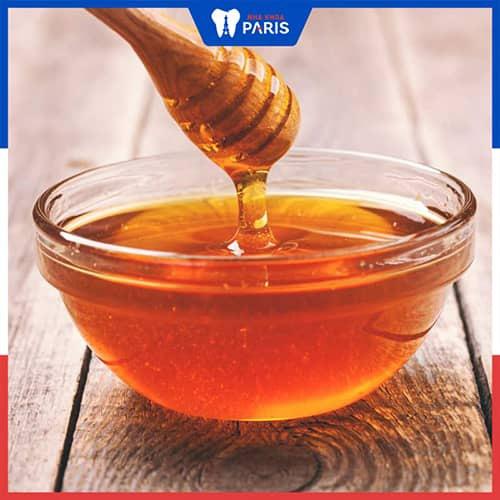 Trị hôi miệng bằng mật ong cần lưu ý gì