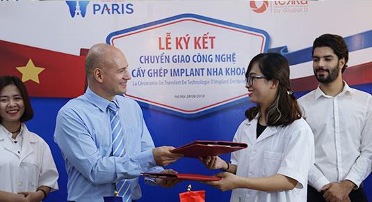 Lễ ký kết - chuyển giao công nghệ cấy ghép implant - 1 dịch vụ trọng tâm tại nha khoa Paris