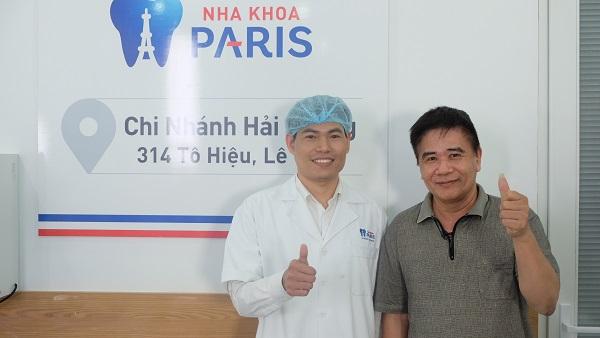 Chú Quang Biên sau khi hoàn thành cấy ghép Implant tại Paris