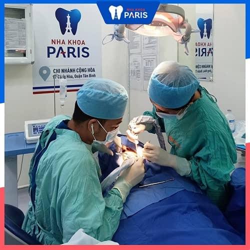 khắc phục hôi miệng sau khi làm implant