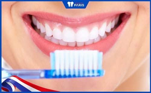 hạn chế biến chứng sau nhổ răng khôn