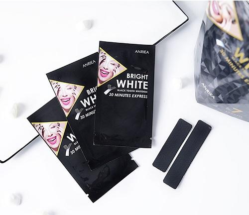 Miếng dán trắng rănganriea