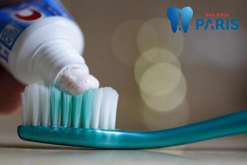 Nguyên nhân răng nhiễm flour