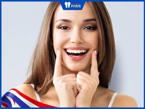 hàm răng chuẩn sẽ hài hòa với khuôn mặt