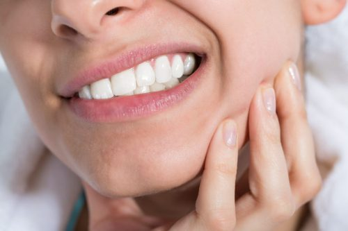viêm ổ răng khô