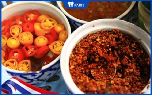 Chánh viêm lợi bằng việc không ăn thực phẩm cay, nóng hoặc lạnh