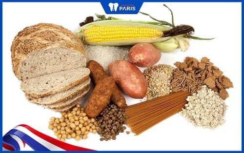 Kiêng các thức ăn giầu tinh bột hoặc đường để chánh viêm lợi
