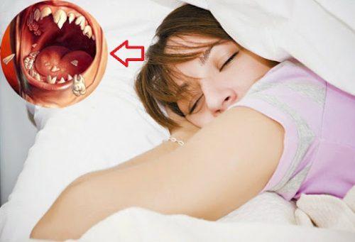 nằm mơ thấy rụng nhiều răng
