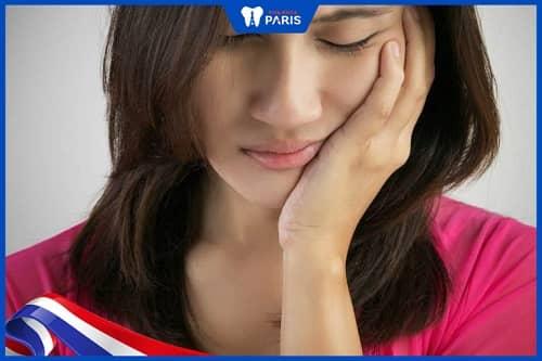 Triệu chứng của viêm lợi trùm cấp tính