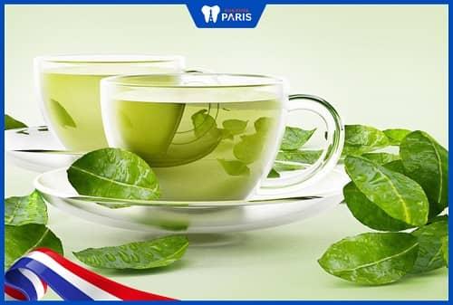 Uống trà xanh thường xuyên hạn chế được viêm lợi