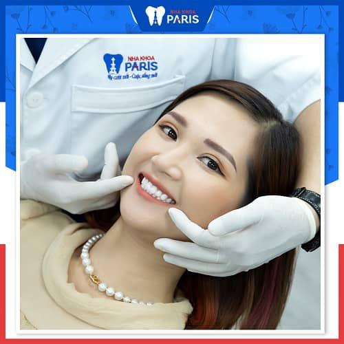 không tẩy trắng răng sứ được phải làm thế nào