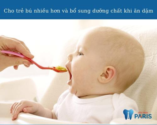 Trẻ đi tướt mọc răng nên ăn gì?
