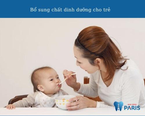 Trẻ chậm mọc răng phải làm sao? Nên uống thuốc gì?