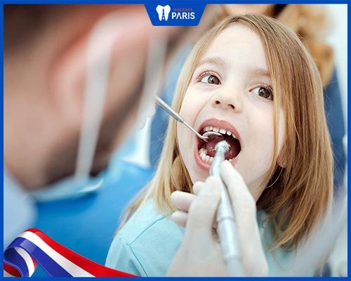 trẻ em thay tất cả bao nhiêu cái răng