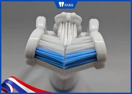 bàn chải lông mềm cho người niềng răng