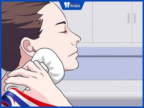 cách giảm đau họng khi nhổ răng khôn