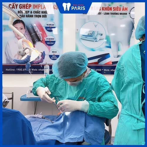 quy trình trồng răng hàm số 7 bằng implant