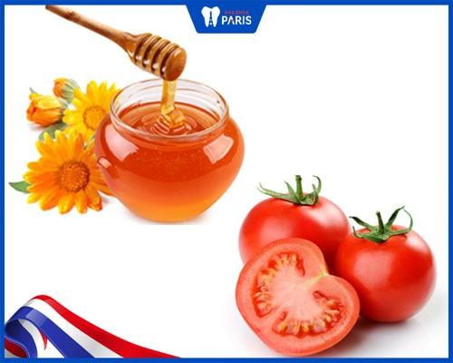 Tẩy trắng răng bằng cà chua và mật ong