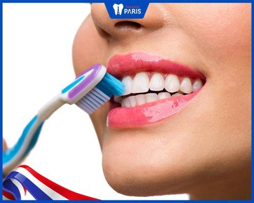 giảm ê buốt sau khi lấy cao răng