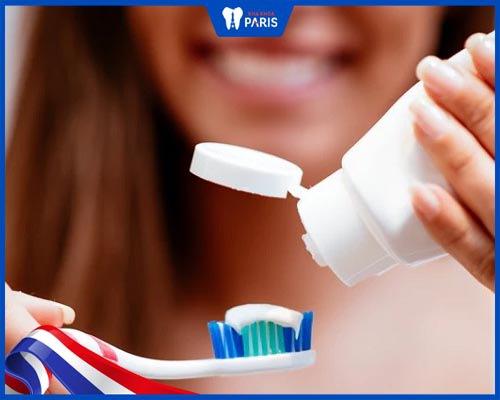 cách trị buốt răng sau khi tẩy trắng