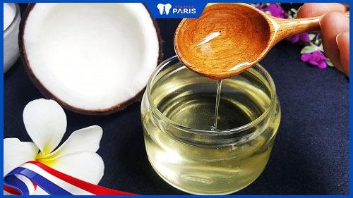 cách lấy cao răng bằng dầu dừa