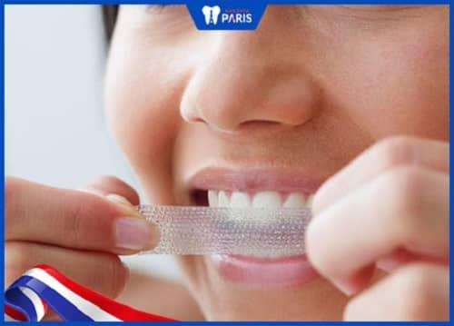 tẩy trắng răng bị ê buốt phải làm sao