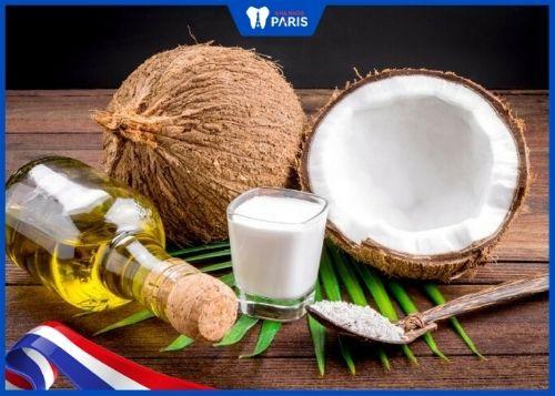 lấy cao răng bằng muối và dầu dừa