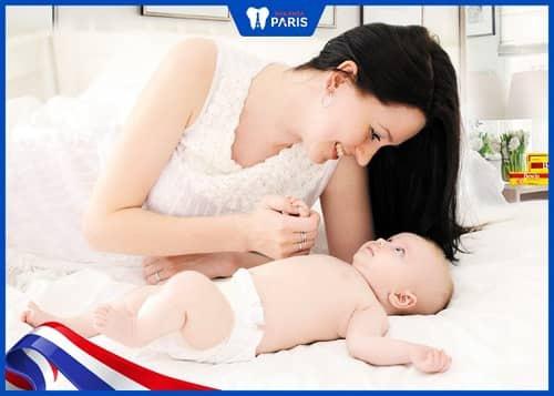 bà bầu sau sinh bao lâu thì tẩy trắng răng được