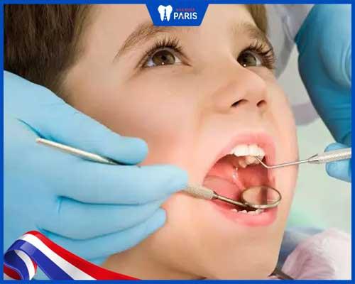 Có nên bọc răng sứ cho trẻ em không
