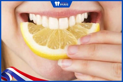 thức ăn làm trắng răng
