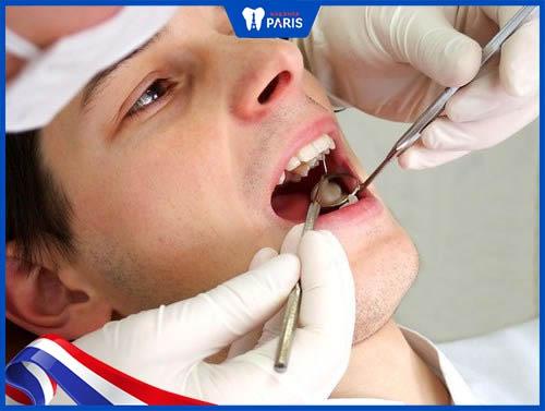 trám răng có đau không