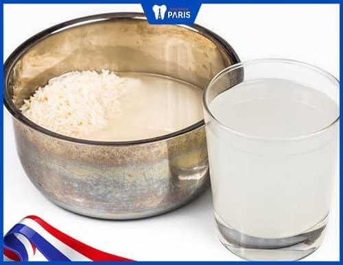 Chữa hôi miệng bằng nước vo gạo loãng