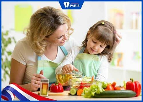 Điều chỉnh chế độ ăn uống ở trẻ