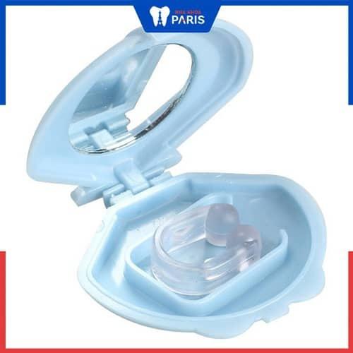 Dùng thiết bị chống ngáy cho trẻ